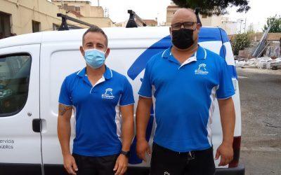 Unos operarios públicos salvan la vida a un menor en un colegio de El Campello