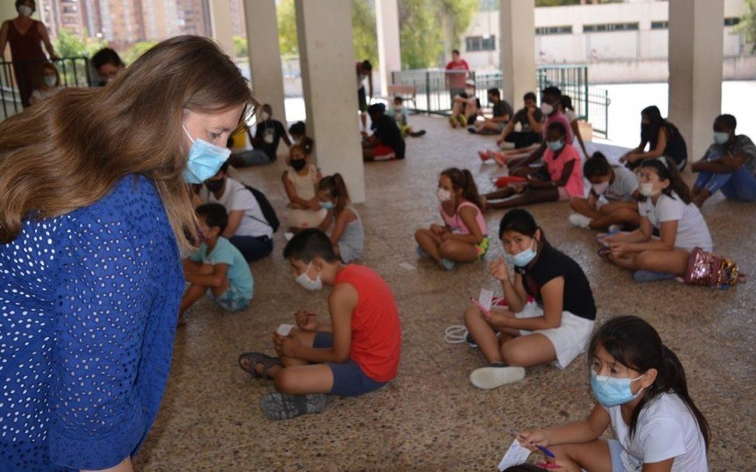 Acción Social prevé acoger a 350 niños y jóvenes en sus escuelas y centros de verano