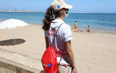 El Campello contrata este verano a 25 jóvenes como auxiliares de playas