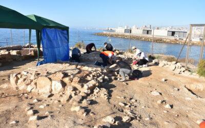 Hallan en la Illeta del Banyets una instalación del siglo IV para conservar pescado