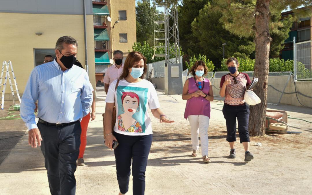 Xixona aprovecha las vacaciones de los alumnos para mejorar los centros