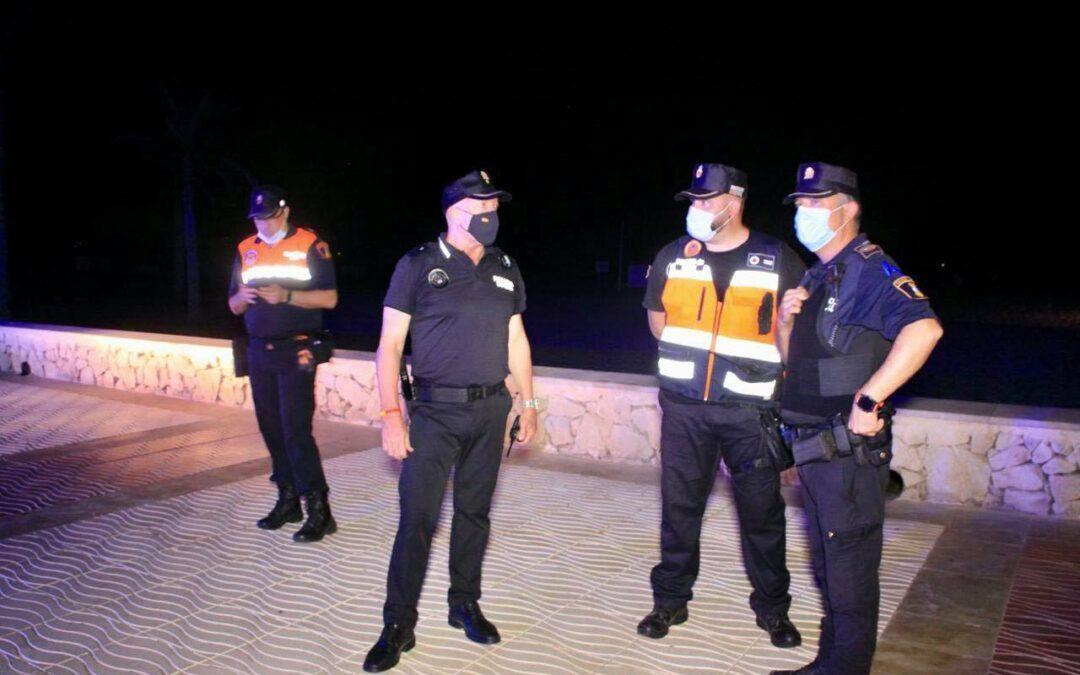 La Policía Local de El Campello tramita 36 denuncias por toque de queda y botellones