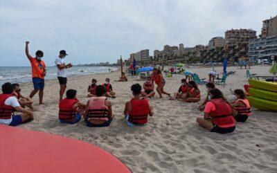 Arrancan los talleres de deportes náuticos para jóvenes en la Zofra de El Campello