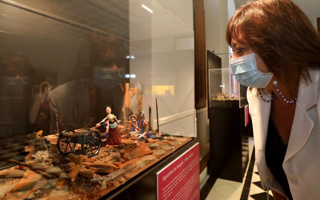 La Diputación recorre la trayectoria de mujeres históricas con una exposición de plastilina