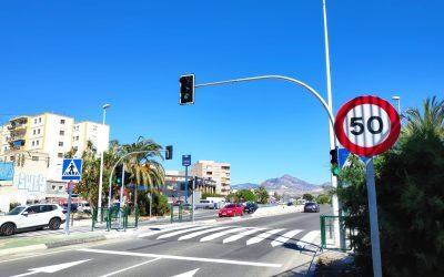 Nuevo paso con semáforo en la Avenida Miguel Hernández de Sant Joan
